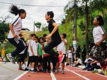 Após perder filho mulher cria ONG transforma vida crianças esporte Capão Redondo sp