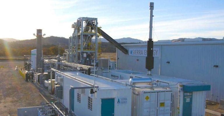 Caldeira vaporiza lixo transforma energia limpa sem poluir meio ambiente