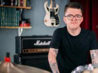 Baterista Gui Caiaffa canal música inclusão pessoas com deficiência
