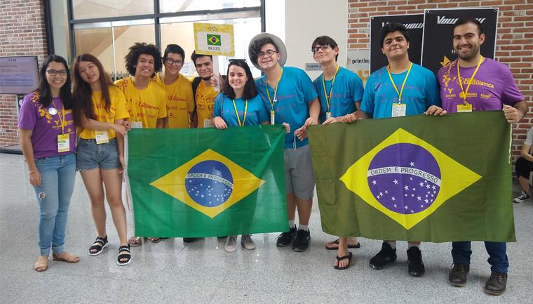 Brasileiros medalhas Olimpíada Internacional Linguística