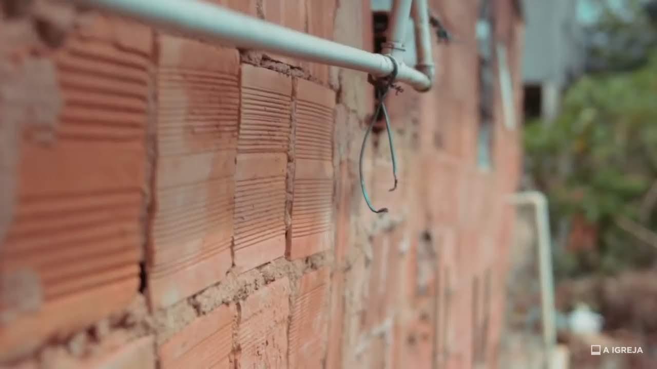 evangélicos vendem água construir casa família necessitada
