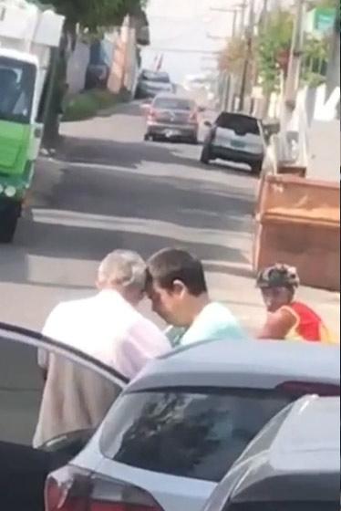 motociclista consola idosa provocou acidente