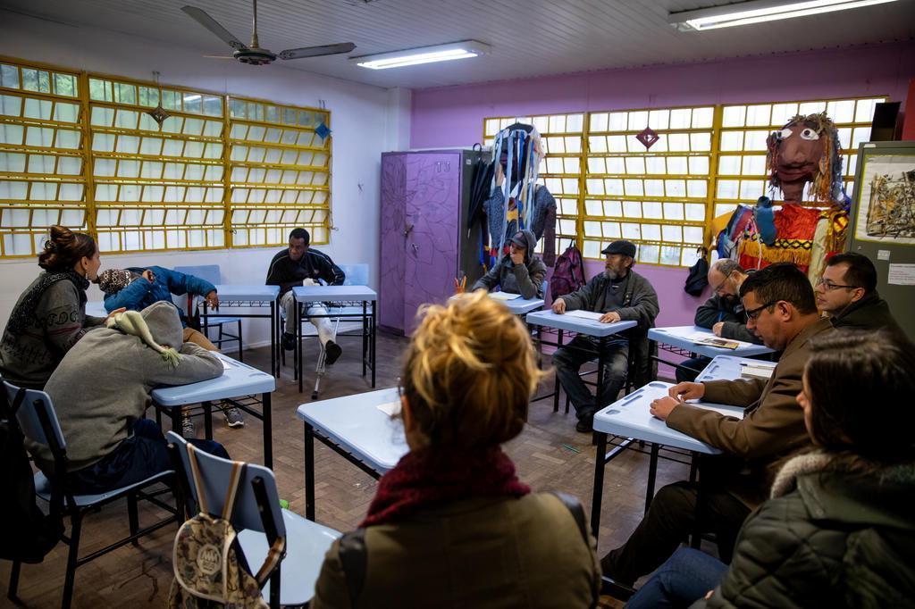 escola atende moradores em situação de rua em porto alegre