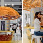 Máquina revolucionária faz suco e 'imprime' copos 3D feitos com cascas de laranja 1