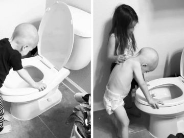 menina massageia costas irmão vomitando banheiro