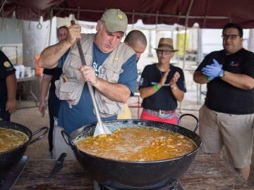 chef josé andrés cozinhando vítimas furacão dorian