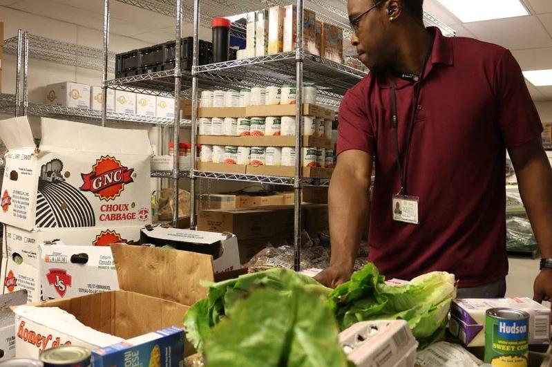 Hospital cultiva alimentos frescos oferta pacientes baixa renda