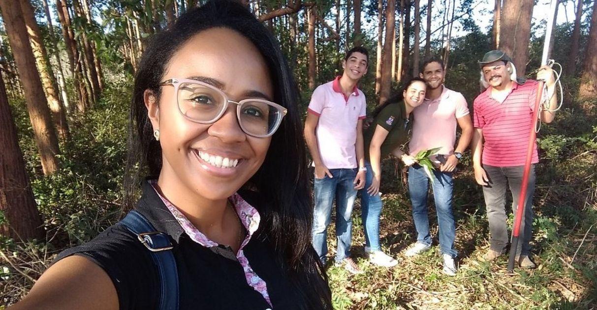 Baiana encontra substituto de agrotóxicos em folhas de eucalipto
