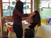 Adolescente organiza festas de aniversário para crianças que vivem em abrigos 2