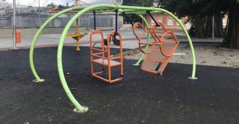 brinquedo acessível para crianças com deficiência no Parque Madureira rio de janeiro