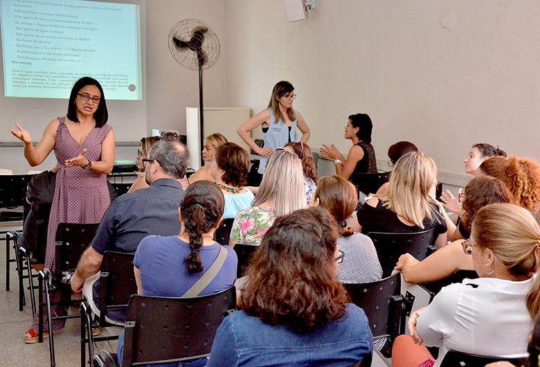 Pedagogas da APAE de Várzea Paulista ministram oficina sobre Transtorno do Espectro Autista 1