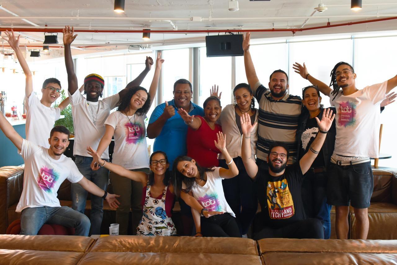 refugiados estudantes projeto programação