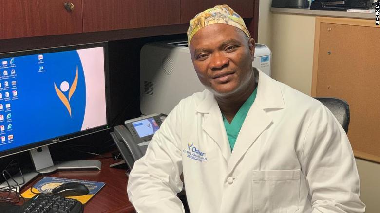Neurocirurgião reduz salário em 25% para atender mais pacientes 1