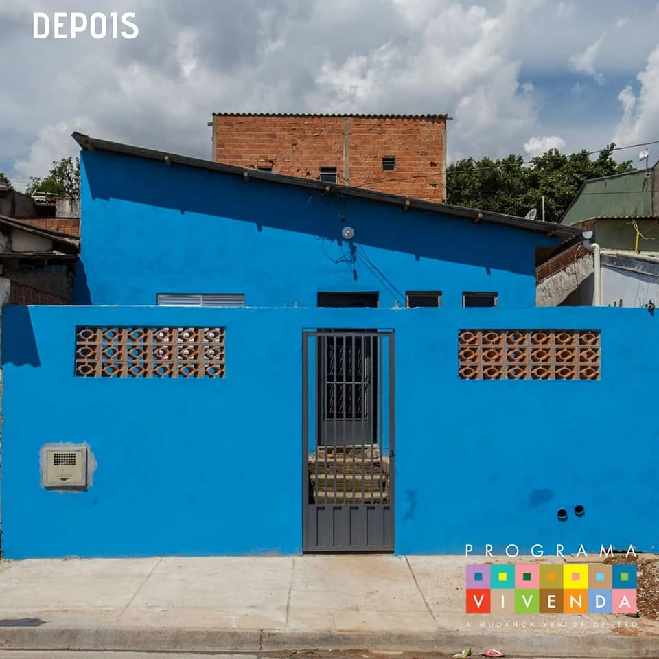 casa reformada cor azul