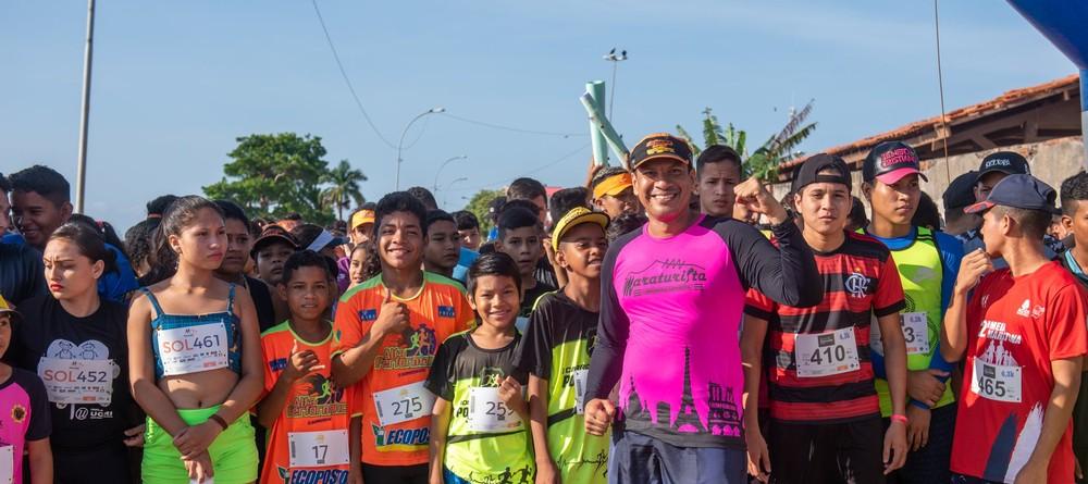 alunos que participaram da corrida em Amapá