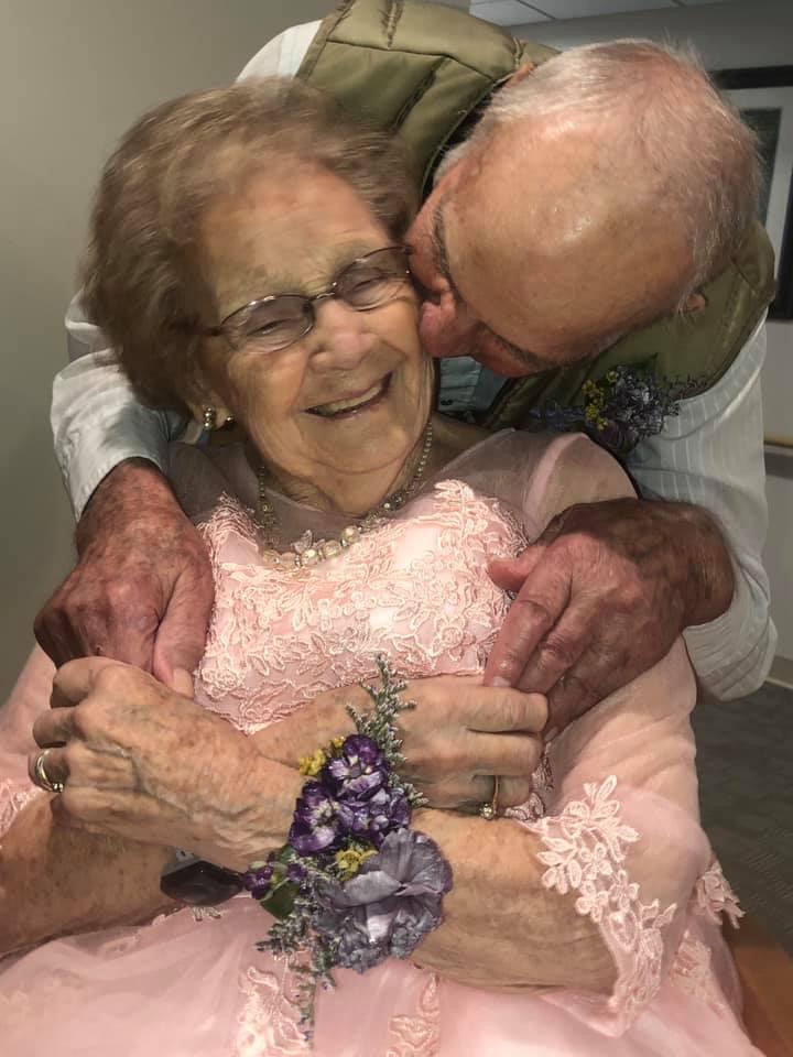 idosa com demência se lembra do marido e emociona