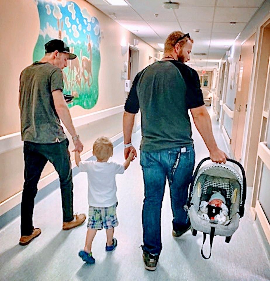 família mista mãe com filhos de pais diferentes
