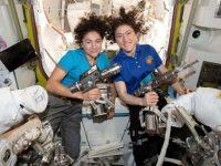 Assista: astronautas da Nasa realizam 1ª caminhada espacial 100% feminina! 9