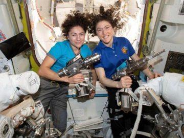 Assista: astronautas da Nasa realizam 1ª caminhada espacial 100% feminina! 1