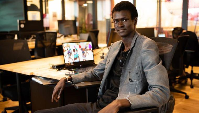 Ex-refugiado que escapou da guerra desenvolve games pela paz 1
