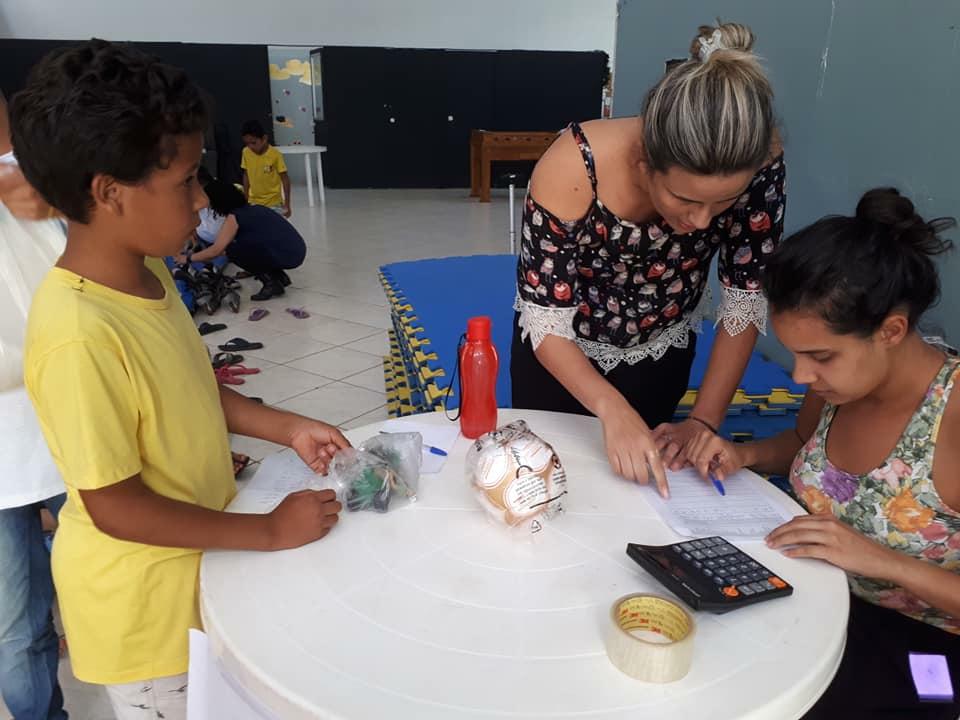 """Professora cria canal para ensinar crianças sobre educação financeira: """"para que no futuro se tornem adultos equilibrados"""" 2"""
