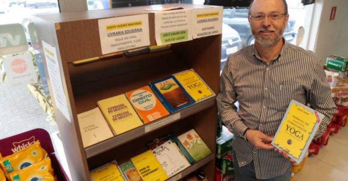 biblioteca posto de combustíveis doações de livros