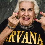 Fotógrafa faz ensaios divertidos com idosos e mostra que envelhecer não é sinônimo de tristeza 3