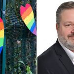 Alunos acolhem professor gay alvo de pixação homofóbica com corações de arco-íris 4