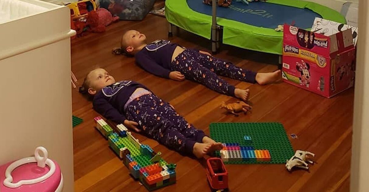 mãe filhas pijama brilha escuro
