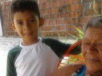 Menino autista doa cofrinho para comprar cadeira de rodas para a avó 5