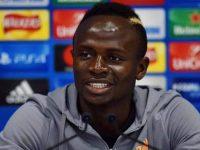 Sadio Mané jogador senegalês caridade