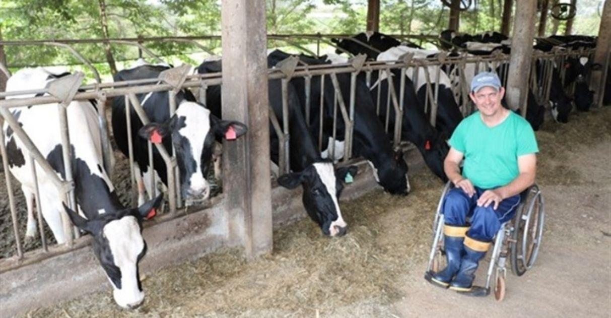 Agricultor cadeirante quadruplica produção leiteira: 'Para que me tratar de forma diferente?' 3