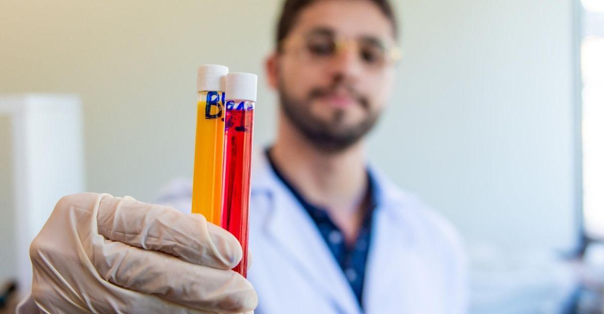 Universidade federal identifica vitamina que reverte perda de olfato causada por Parkinson 1