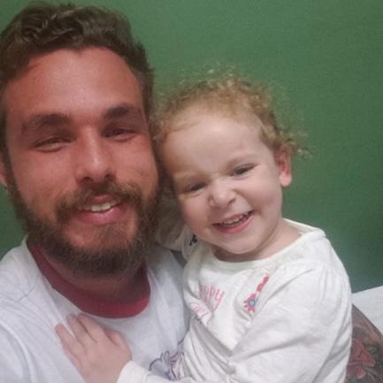 """Homem assume paternidade de filha de amiga: """"me escolheu como seu pai"""" 3"""