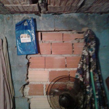 Voluntários reformam casa de família que adoecia por causa de condições precárias do imóvel 3