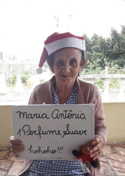 Idosos de asilo fazem pedidos simples de Natal e número de 'padrinhos' surpreende! 2