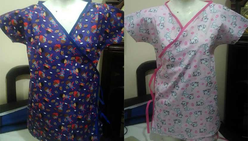 Camisolas feitas com estampas infantis