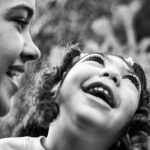 Ensaio registra relação de amor de pais com seus filhos com microcefalia na PB 1