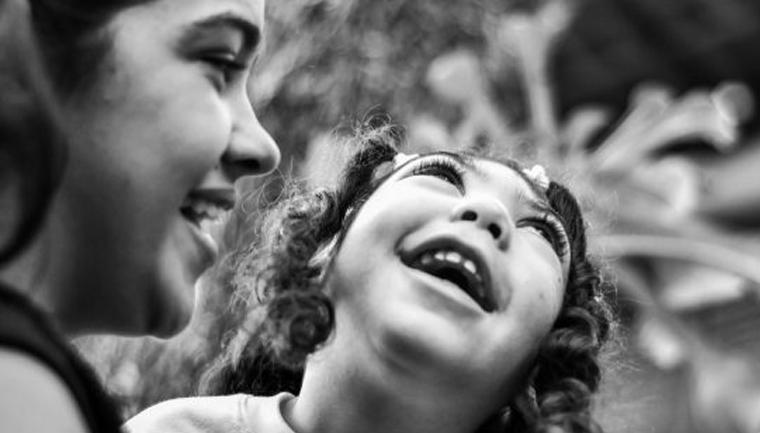 Ensaio registra relação de amor de pais com seus filhos com microcefalia na PB 5