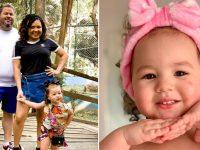 Menina de 2 anos ajuda pais deficientes visuais a caminhar e usar o celular 👼 12