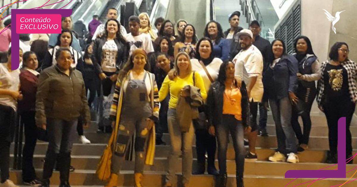 Professora leva mais de 100 estudantes do EJA ao cinema pela primeira vez 3