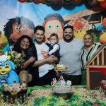 Filho gay conquista aceitação de pais evangélicos, se casa e adota sobrinho 5