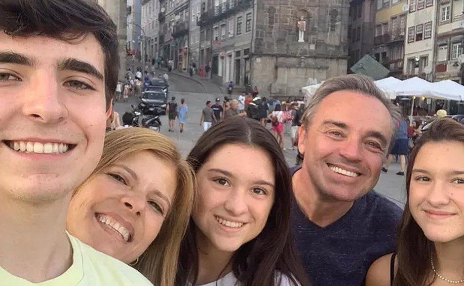 gugu liberato e família