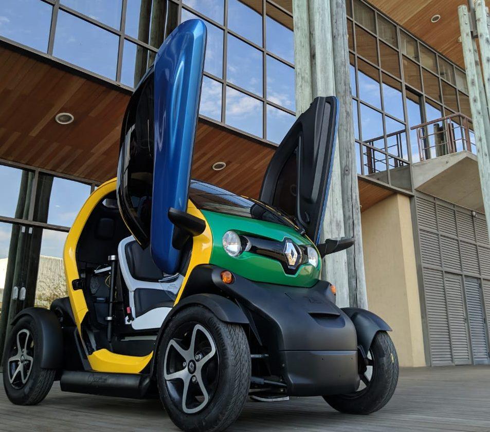 carro elétrico para cadeirantes criado por estudantes brasileiros