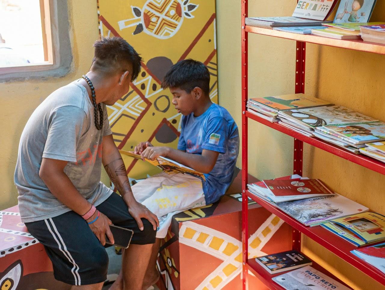 primeira biblioteca comunitária indígena rj