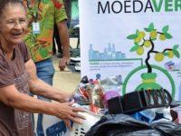 moradores santo andré sp trocam recicláveis por alimentos