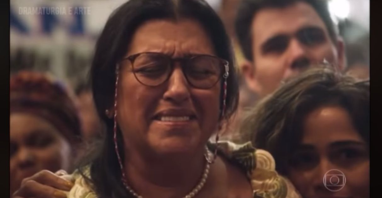 Estreia de 'Amor de Mãe' tem linda homenagem de filha formada para mãe: 'Você é minha heroína'' 1