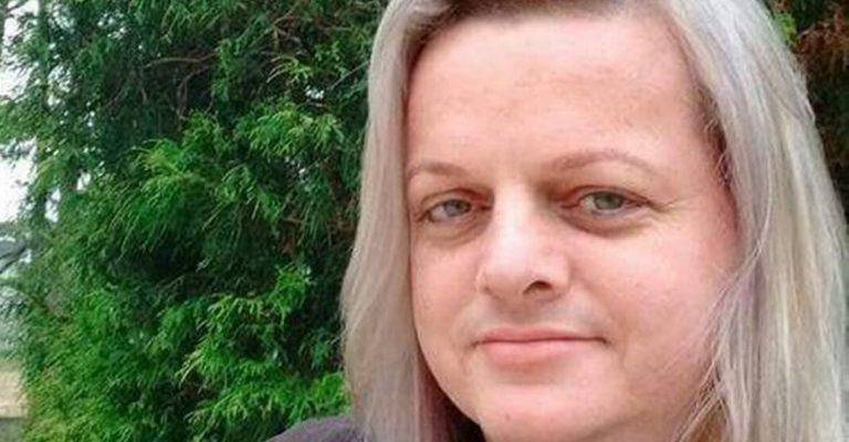Após tentativa de boicote, professora trans é eleita diretora de escola em SC 1