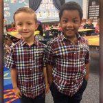 Amigos vestem o mesmo look para mostrar que são iguais 2