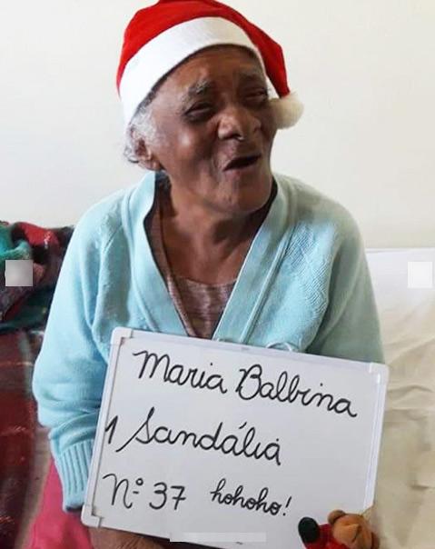 Idosos de asilo fazem pedidos simples de Natal e número de 'padrinhos' surpreende! 6